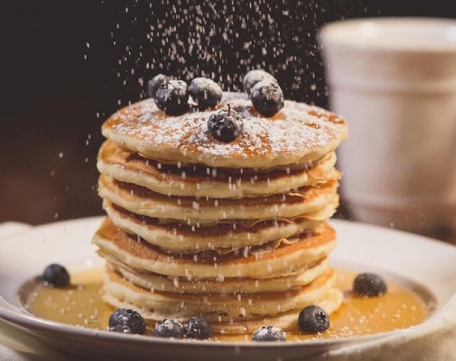 Banana and blueberry pancakes recipe