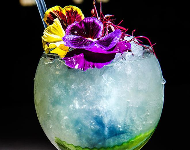 Cocktails at Epicurean