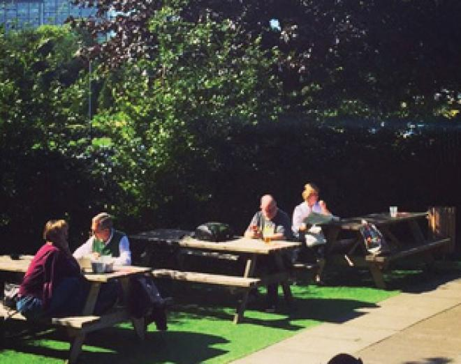 The best places for al fresco drinks in Scotland