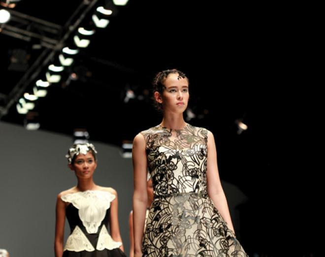 London Fashion Week: Backstage beauty secrets